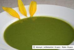Natúr brokkolikrémleves Honeydew, Fruit, Ethnic Recipes, Soups, Food, Nature, Essen, Soup, Meals