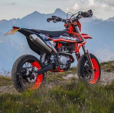 """supermotolife: """"Ask me anything here ! Bike: KTM EXC 450 Donations for my Dreambike here. Ktm Supermoto, Enduro, Motorcycle Luggage, Motorcycle Helmets, Motorcross Bike, Ktm Exc, Cool Motorcycles, Dirtbikes, Creative Photos"""