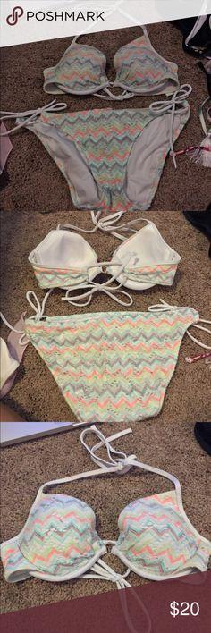 Victoria's Secret bikini! Chevron and crochet VS bikini, size 32B top and small bottoms. Super cute, no damage! Great for being active. Victoria's Secret Swim Bikinis