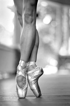 ♥ Pointe shoes! #ballet #dance