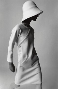 I typically am not a fan of the hats that came out of the 60's, but this photo and hat are just fabulous. Very inspiring. Though, the model could use some carbs, I think.