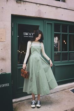 Korean Outfit Street Styles, Korean Fashion Dress, Ulzzang Fashion, Korean Outfits, Modest Fashion, Fashion Dresses, Modest Casual Outfits, Dress Outfits, Minimal Dress
