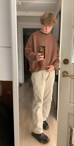 Indie Outfits, Retro Outfits, Trendy Outfits, Vintage Outfits, Mens Clothing Styles, Streetwear Fashion, Closet, Dress, Painted Clothes