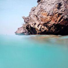 half water x half sky . #thebalibible #explorebali Blue lagoon ✌