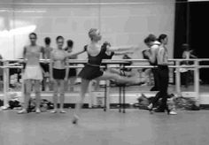 Claudia Dean killing the manège in Royal Ballet Company Class. Note: manège, in reference to a carousel, not mènage, which means housework.