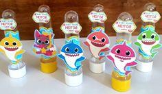 lembrancinha baby shark eva Birthday Party Themes, 2nd Birthday, Baby Sketch, Shark Party, 3rd Baby, Baby Shark, Creative Decor, Kids, Bernardo
