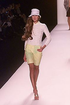 Michael Kors Collection Spring 2000 Ready-to-Wear Fashion Show - Natalia Semanova, Michael Kors Michael Kors Collection, Fashion Show, Fashion Design, Ready To Wear, Vogue, Spring, Model, How To Wear, Outfits