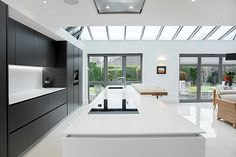 Just Right in Black and White - by Cococucine - The Kitchen Think