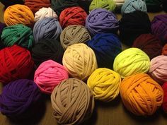 Recycle T-Shirts into Seamless Yarn