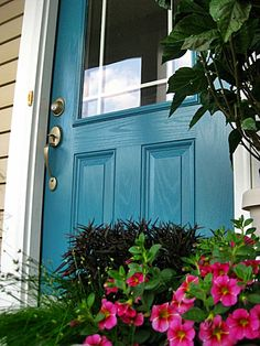Paint Color ~ Benjamin Moore Calypso Blue Teal Front Doors, Teal Door, Front Door Paint Colors, Painted Front Doors, Turquoise Door, Blue Doors, Exterior House Colors, Exterior Doors, Exterior Paint