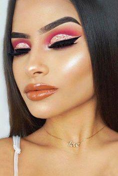 Gorgeous Makeup: Tips and Tricks With Eye Makeup and Eyeshadow – Makeup Design Ideas Eye Makeup Glitter, Eye Makeup Tips, Eyeshadow Makeup, Makeup Ideas, Eyeshadows, Makeup Tutorials, Makeup Trends, Full Face Makeup, Makeup For Green Eyes