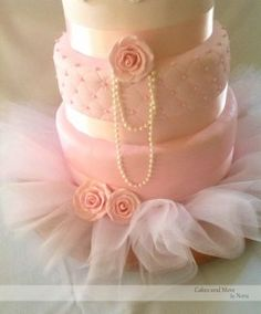 Ballet cake with pearls and tutu accessories Source: Cakes and More by Nora