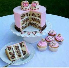 Tijgerprint baby cake