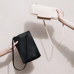 ⬜️ @_chiyome Rift Tab Bag & Arid Clutch