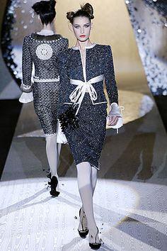 Valentino - Haute Couture Fall Winter 2005/2006 - Shows - Vogue.it