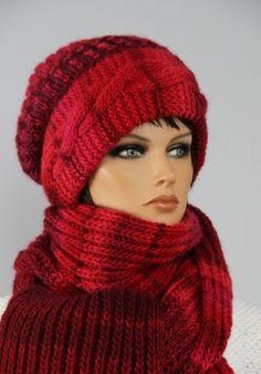 """Winterset Andrea in rot - nach einer Anleitung von """"Ina strickt"""""""