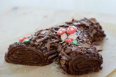 The Traditional Bûche de Noël: A Log 'Yule' Love! via The ModCloth Blog