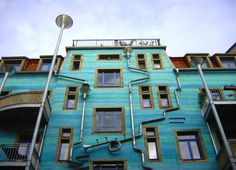 """Funky Blue """"Court of Water"""" Wall Plays Music When It Rains in Dresden designed by Heike Bottcher"""