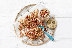 Rens Kroes' superfood granola - Recept - Allerhande