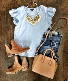 love this color top and ruffles!!