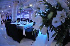 עולם חתונות אורכדיה בירושלים Table Decorations, Weddings, Furniture, Home Decor, Homemade Home Decor, Mariage, Wedding, Home Furnishings, Interior Design