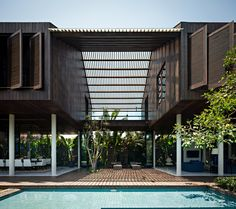 Image 1 of 32 from gallery of DRA House in Bali / D-Associates. Photograph by Mario Wibowo