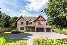 5 bedroom detached house for sale in Guildford Road, Fetcham - Rightmove Traditional Home Exteriors, Traditional House, Dream Home Design, House Design, Building Design, Building A House, Millionaire Homes, House Cladding, Self Build Houses