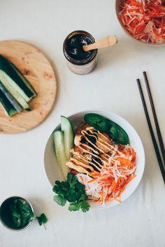 lemongrass chicken bánh mì bowls (gluten free & dairy free) | my name is yeh