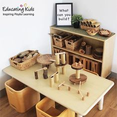 Building invitation Preschool You are in the right place about Montessori Education practical life Here we offer you the most beautiful pictures about the Montessori Education what is you are looking Reggio Emilia Classroom, Reggio Inspired Classrooms, Reggio Classroom, Classroom Decor, Reggio Emilia Preschool, Block Center, Block Area, Play Based Learning, Learning Spaces