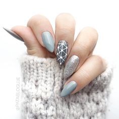 "If you're unfamiliar with nail trends and you hear the words ""coffin nails,"" what comes to mind? It's not nails with coffins drawn on them. It's long nails with a square tip, and the look has. Acrylic Nail Designs, Nail Art Designs, Nails Design, Acrylic Gel, Fun Nails, Pretty Nails, Gel Nail Art, Nail Polish, Nail Nail"