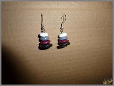 boucles d'oreilles quadricolores en pâte polymère polymer clay earrings http://ellefimote.canalblog.com/