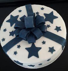 Stars...White sponge cake with white and dark brigadeiro.