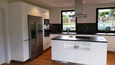 Luxury Kitchen Design, Kitchen Room Design, Home Room Design, Modern House Design, Interior Design Kitchen, Kitchen Decor Themes, Home Decor Kitchen, Narrow House Designs, Pantry Design