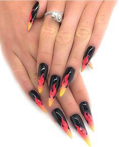 La flame nails