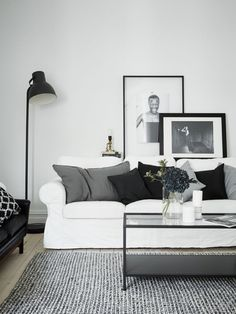 'Minimal Interior Design Inspiration' is a biweekly showcase of some of the most perfectly minimal interior design examples that we've found around the web - Black And White Living Room, Living Room Grey, Home And Living, Living Room Decor, Living Rooms, Black White, Apartment Living, Living Area, Interior Design Examples