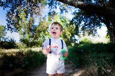 Inosolo Fotografía. Sesión en exteriores. #children #kids #childrenphotography #niños #fotografiainfantil #pompasdejabon #inosolofotografia