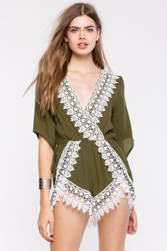 Комбинезон Размеры: S, M, L Цвет: оливковый, ржаво-коричневый Цена: 2373 руб.  #одежда #женщинам #комбинезоны #коопт