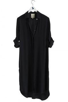 The EXTRA LONG OVERSIZE Shirt - Women's shirt - KNEE LENGTH LONG SHIRT - Black Silk - MiH