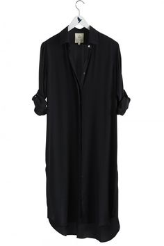 The EXTRA LONG OVERSIZE Shirt - Women's shirt - KNEE LENGTH LONG SHIRT - Black Silk - MiH