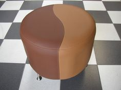 PUFF CIRCUM CAFE  Medidas generales diametro 50 cm - altura 35 cm,  tela vinílica dos tonos, tapizado liso. Con patas metàlicas opcionales. 35, Ottoman, Chair, Furniture, Home Decor, Tela, Two Tones, Home, Decoration Home