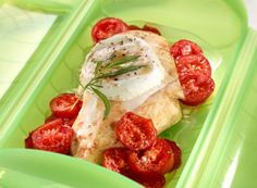 Chicken with Tomato and Mozzarella Cheese