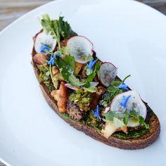 This Mushroom Crostini Puts Avocado Toast to Shame
