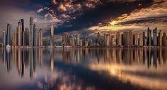 Skyline de Dubai en la puesta del sol. Espectacular.