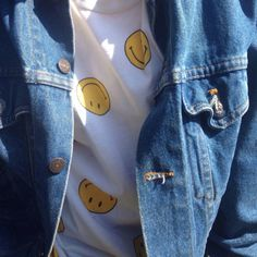 do u ever just die inside when u find a pin that matches ur aesthetic but not ur… 1990s Fashion Trends, Fashion Styles, Teen Fashion, Yoosung Kim, Danielle Victoria, Gorillaz, Mystic Messenger, Mode Outfits, Grunge Outfits