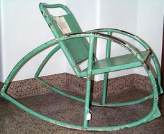 Rocking chair from Fulton: no matter how hard you rock it, it cannot tip over.