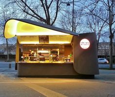 Verkoster: Höllenkohl, Michalak Street Food Kiosk - Food stall - Eat Or Not Cafe Shop Design, Kiosk Design, Shop Interior Design, Retail Design, Store Design, Food Cart Design, Food Truck Design, Container Restaurant, Container Shop