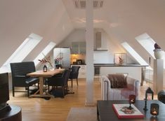 Home Interior home design interior design interior Attic Renovation, Attic Remodel, Modern House Design, Modern Interior Design, Home Design, Modern Design Pictures, Attic Rooms, Attic Playroom, Attic Library