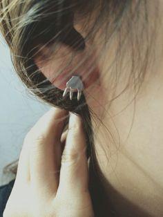 Claw Earring . Silver925