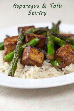 Vegan Asparagus & Tofu Stirfry | www.thatwasvegan.com