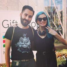 L'OVSPEOLE Andrea Manzoni incontra la DJ Tinna Baffy nello store OVS di EXPO  Milano 2015 per un DJ SET